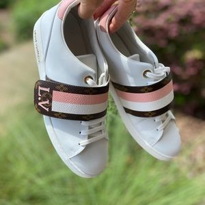 Louiss Vuitton Sneakers Pink White